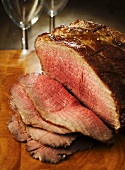 Roast beef, slices carved
