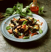 Mussel salad with a bacon and tomato vinaigrette