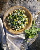 Cannellini beans with leek and rocket
