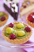 Kiwi fruit, grape and raspberry tart