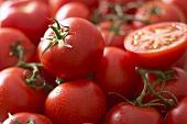 Fresh tomatoes on the vine (full-frame)