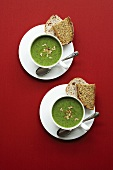 Pea and cress soup with bread