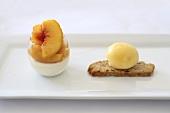 Yogurt cream with peaches and peach ice cream