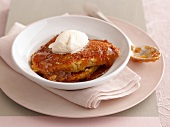 Banana and caramel pudding with vanilla ice cream