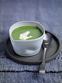 Refreshing pea and mint soup