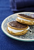 Moon pies (biscuits with a marshmallow filling) with chocolate icing