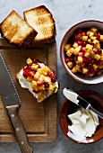 Toasted sponge cakes with mascarpone and fruit salad