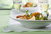 Gamberi alla rucola (prawns with rocket, Italy)