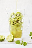 Ingredients for kiwi juice: kiwis and limes