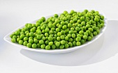 Peas in a leaf-shaped dish