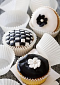 Cupcakes with black and white designs