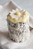 A gluten-free cream cake