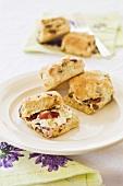 Raisin scones with jam