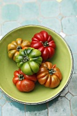 A bowl of heirloom tomatoes (seen from above)
