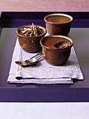 Pots de creme (chocolate cream)