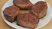 Fried beef steaks (German Voice Over)