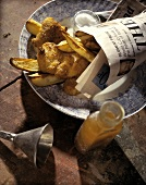 Fish & Chips verpackt in die London Times-Zeitung