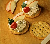 Crackers with Cheese Spread; Raspberry and Apple Slices
