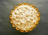 Lemon Meringue Pie with Swirled Meringue Topping