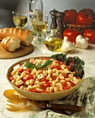 Elbow Macaroni with Tomatoes and Cheese
