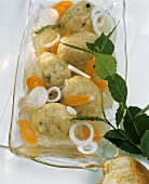 Gefilte Fish with Carrots and Onions