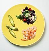 South Beach Diet: Salad, Avocado and Shrimp