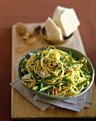 Spaghettini with beans, walnuts and green asparagus