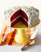 Red velvet cake (chocolate cake with vanilla cream, USA)