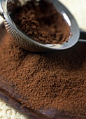 Sieving cocoa