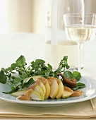 Sliced Pear Salad with Baby Greens and Fig