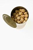 An opened tin of chick-peas