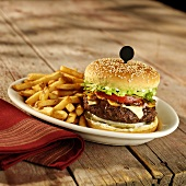 Hamburger with Emmental cheese, mushrooms and chips