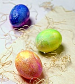 Tie-dyed Easter Eggs with Raffia