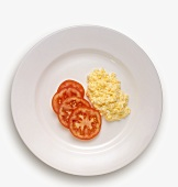 Scrambled Eggs with Sliced Tomato