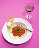 Cheese Ravioli with Tomato Sauce, Red Wine and Bread with Butter