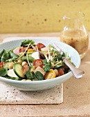 Mixed salad with cherry tomatoes and chick peas