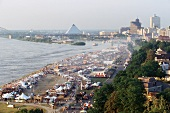 World's biggest Barbecue Festival, Memphis TN (aerial shot)