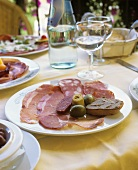 Affettati e crostini (Appetiser of cold cuts & toasted bread)