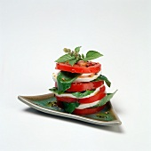 Insalata caprese (Mozzarella, Tomaten & Basilikum)