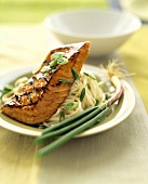 Grilled Salmon over Linguini with Sliced Scallions