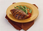 Barbecued Chicken Breast with Pea Pods, Carrots and Tomatoes