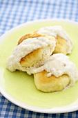Biscuits and Gravy (Brötchen mit Wurstsauce, USA)