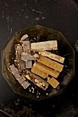 Turron (spanische Süßigkeit aus Mandeln & Honig)
