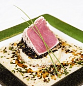 Seared Tuna on Rice with Chives