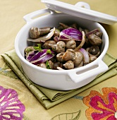 Balsamic Mushrooms with Red Onions and Parsley