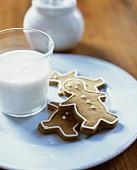 Gingerbread Men Cookies with Milk