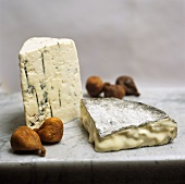 Assorted Cheese with Dried Figs