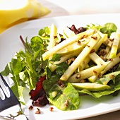 Crunchy Apple Maple Salad