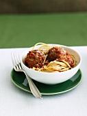 Whole Wheat Spaghetti with Vegetarian Meatballs