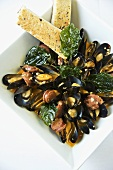 Steamed Mussels with Bread Sticks